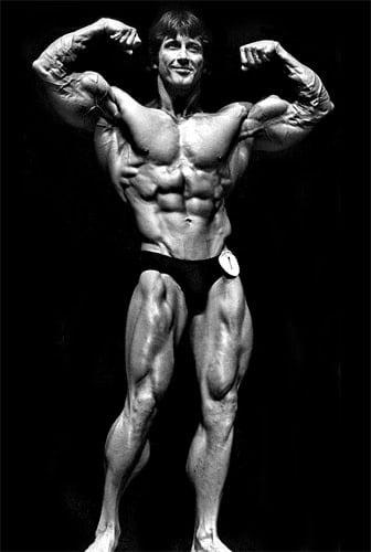 Frank Zane pose doble biceps