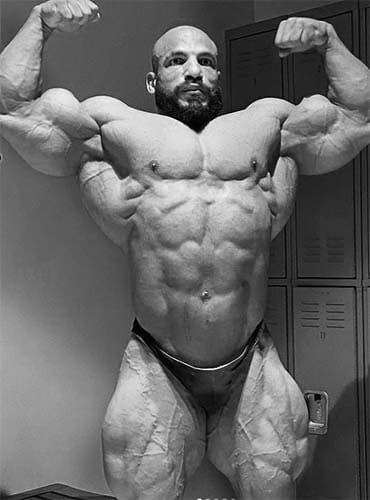 doble biceps big ramy
