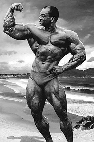 pose biceps Sergio Oliva
